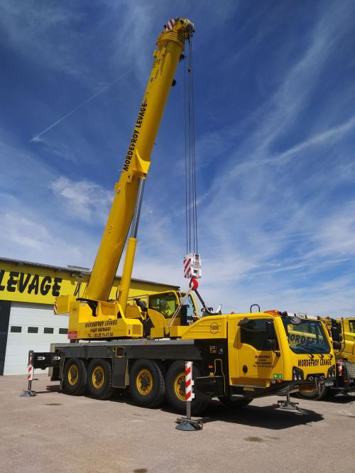 NOUVELLE GRUE DE 100 tonnes